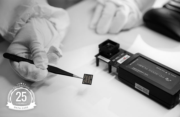 in lab memory card service